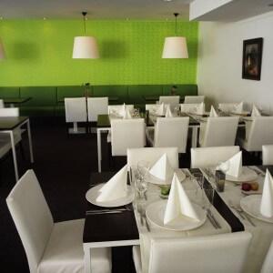 5- ISVW restaurant gedekt