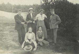 Clara1916