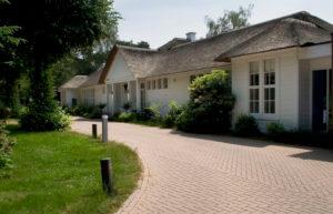 Nederland, Leusden, 18 juni 2006 Het gebouw van de Internationale School voor Wijsbegeerte, ISVW. Foto: Sijmen Hendriks